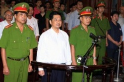 Vietnamese Dissident Arrives in US after Early Release from Prison